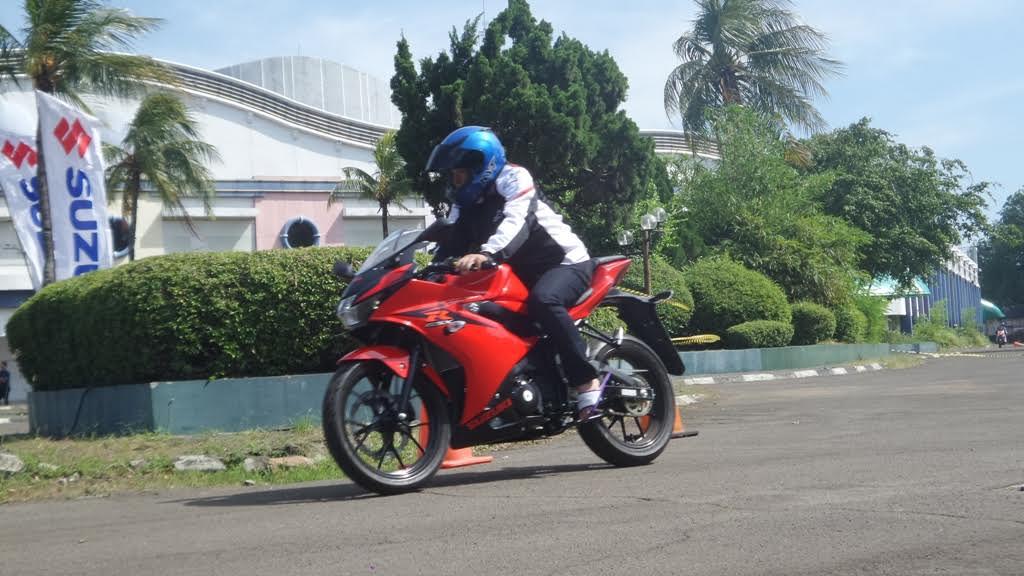 gsxr-red